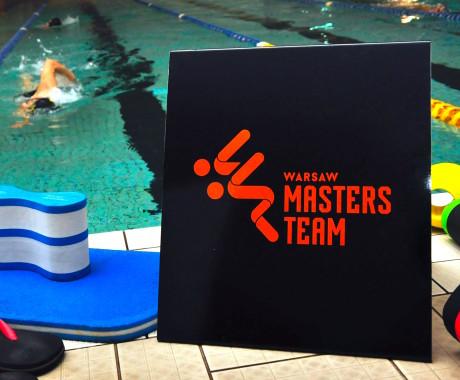 Pomoce basenowe – ostatnia część przeglądu pływackich akcesoriów treningowych